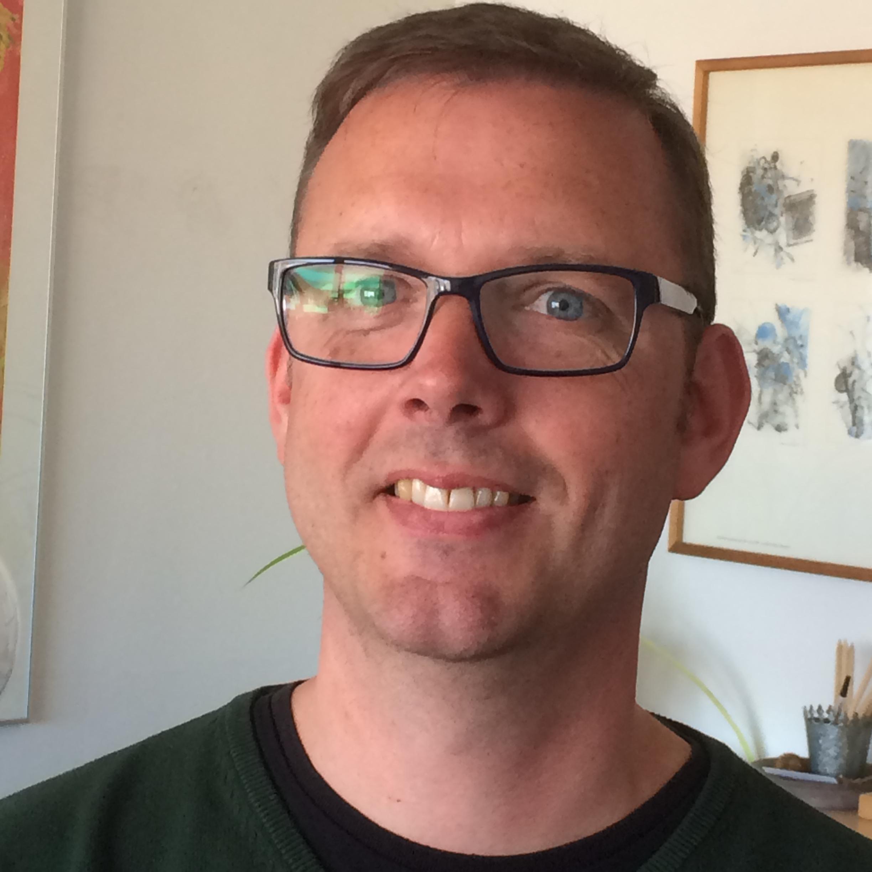 Michael Jensen : IT- og regnskabskonsulent