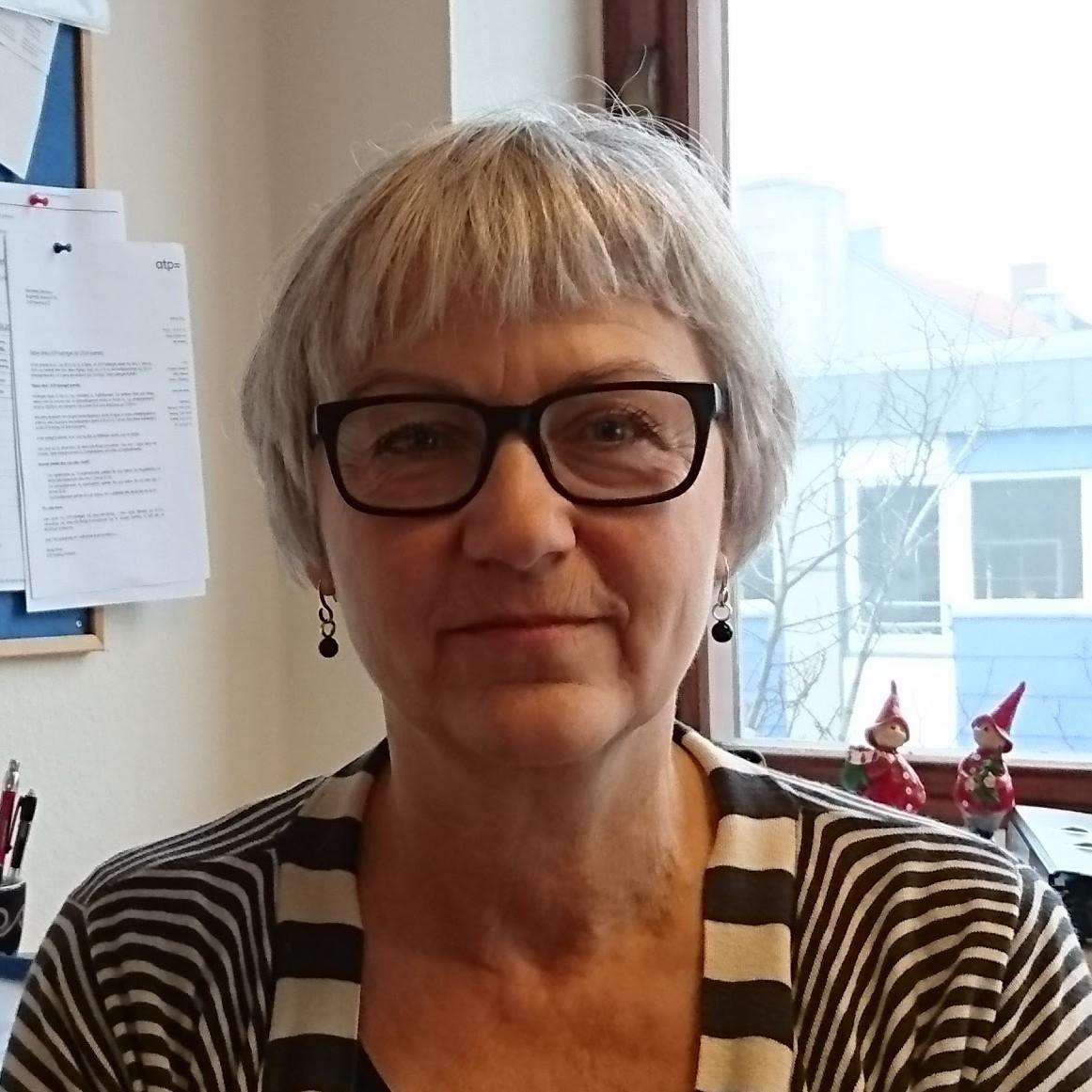 Elisabeth Hill : Souschef Vanløse - Regnskabskonsulent
