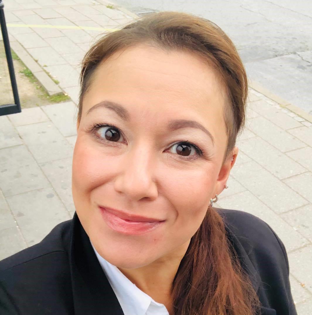 Sheila Sartau Rømer : Lønassistent